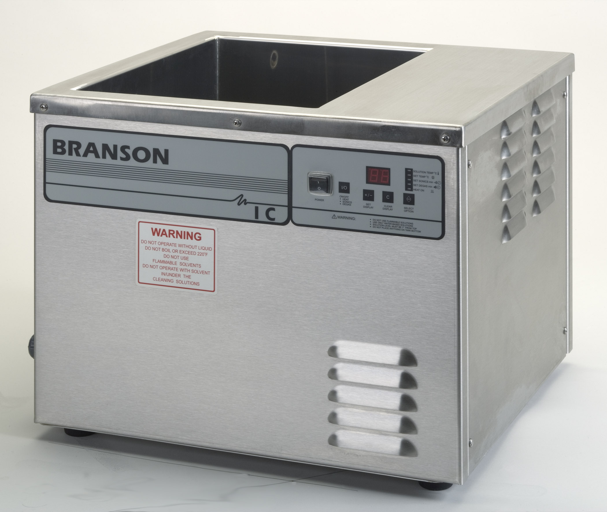 integrated ultrasonic cleaning systems